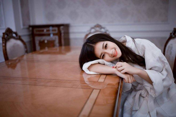 Cận mặt nhan sắc không phải dạng vừa và profile hoàn hảo bạn gái tin đồn của Hà Đức Chinh-10