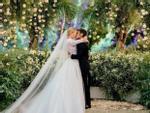 Đám cưới của blogger Chiara Ferragni hot hơn cả hôn lễ hoàng gia Anh