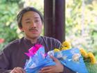 Trấn Thành gây shock khi đem nguyên bó hoa vạn thọ đi tán Việt Hương