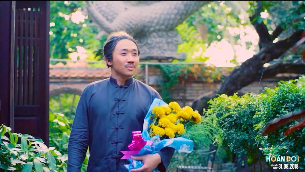 Trấn Thành gây shock khi đem nguyên bó hoa vạn thọ đi tán Việt Hương-1