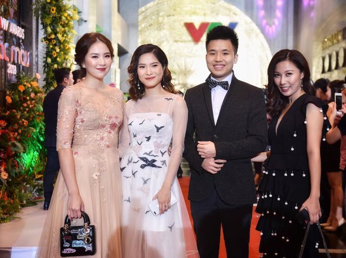 Nhã Phương, Bảo Thanh rạng rỡ trên thảm đỏ VTV Awards 2018-5