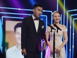 Xuất hiện rạng rỡ sau khi sinh, Lan Phương lần đầu nhận giải thưởng lớn từ vai phản diện-5