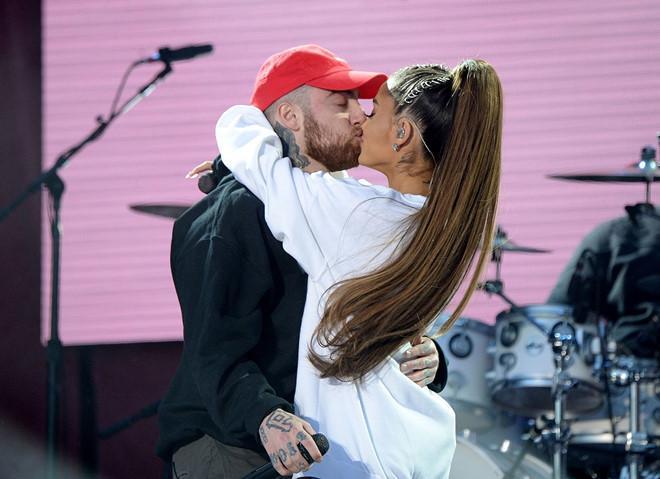 Ariana Grande bị dư luận đổ lỗi vì cái chết của bạn trai cũ-1