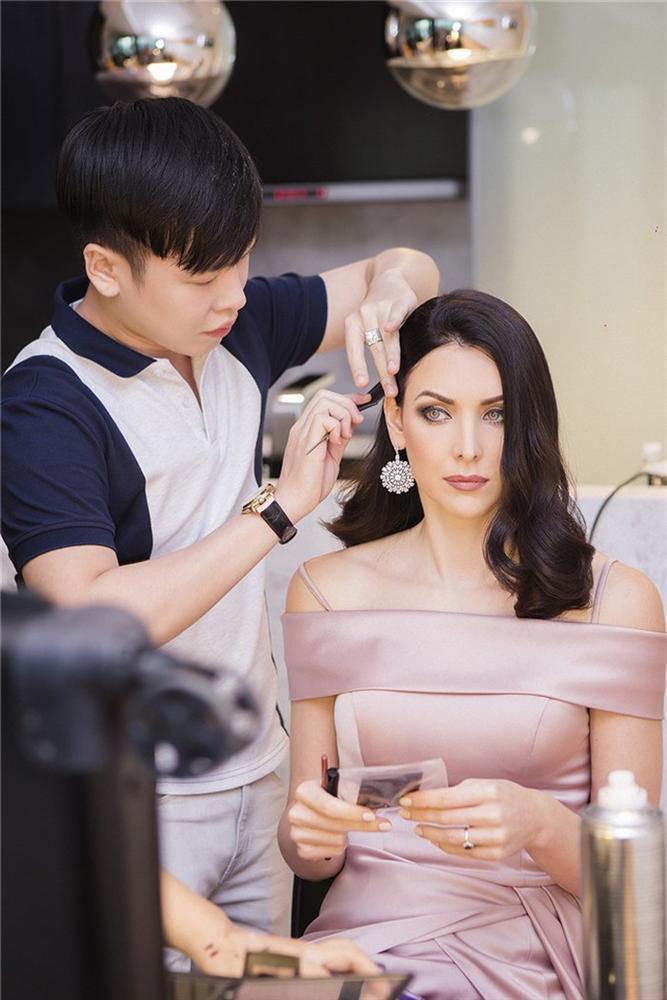 Không hổ danh Hoa hậu Hoàn vũ, Natalie Glebova vừa xuất hiện đã lấn át vẻ đẹp của Kỳ Duyên và Hương Giang-3