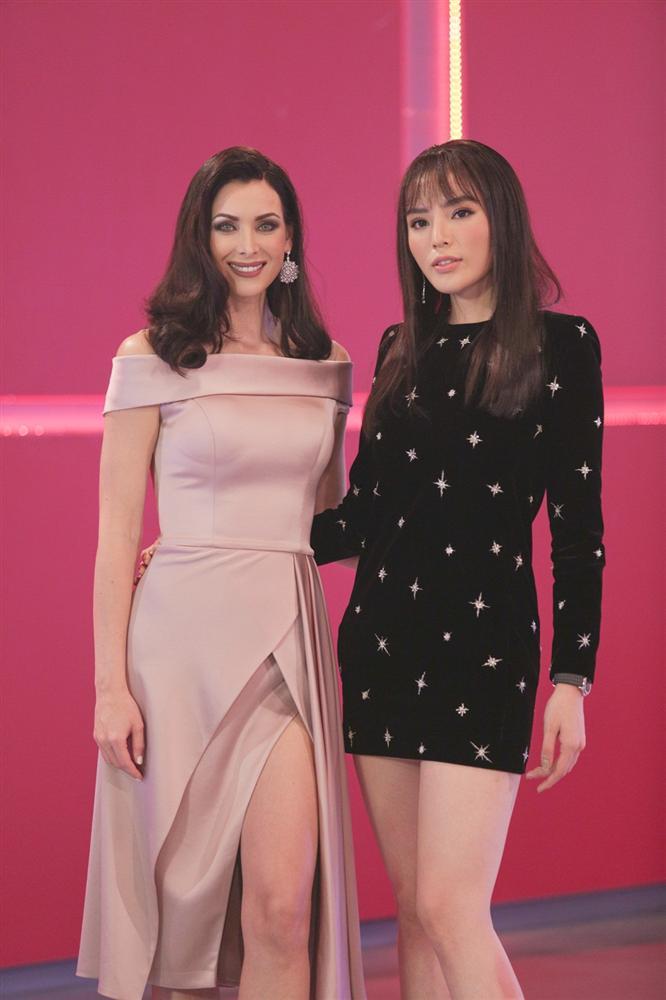 Không hổ danh Hoa hậu Hoàn vũ, Natalie Glebova vừa xuất hiện đã lấn át vẻ đẹp của Kỳ Duyên và Hương Giang-8