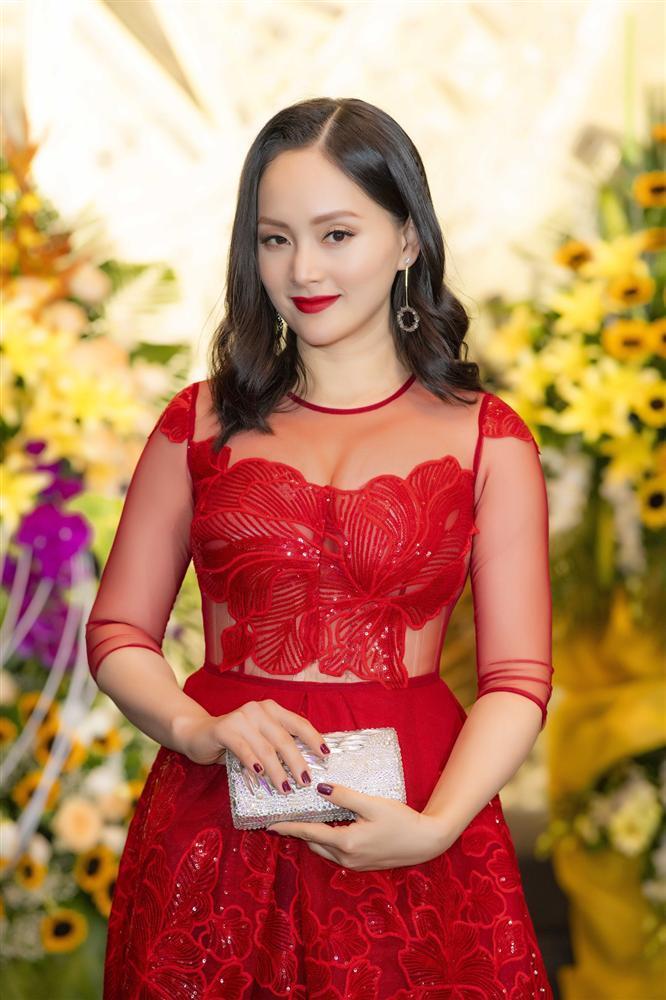 Xuất hiện rạng rỡ sau khi sinh, Lan Phương lần đầu nhận giải thưởng lớn từ vai phản diện-3