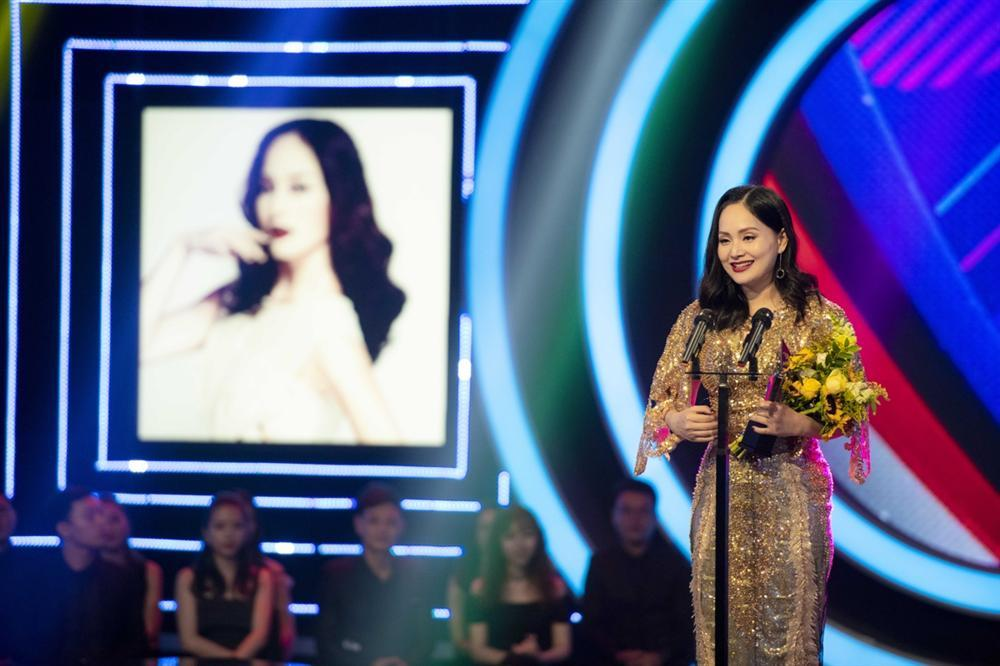 Xuất hiện rạng rỡ sau khi sinh, Lan Phương lần đầu nhận giải thưởng lớn từ vai phản diện-2