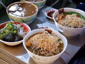 Địa chỉ cuối tuần: Khu ẩm thực chợ Bến Thành