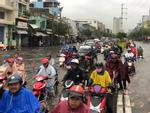 Nhiều tuyến Sài Gòn ngập sâu sau mưa lớn-8