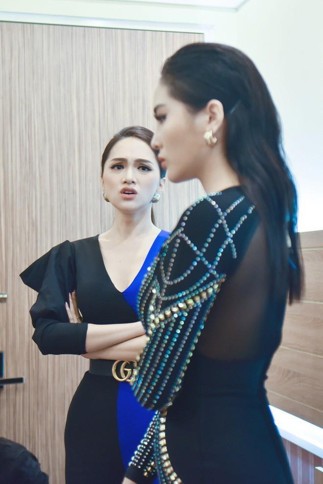 Phát ngôn chất hơn nước cất, Hương Giang chặt đẹp từ Kỳ Duyên tới khách mời dù lần đầu ngồi ghế nóng-6