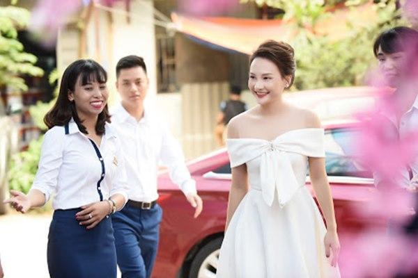 Gái ngành Quỳnh búp bê Thanh Hương cùng Bảo Thanh gây chú ý vì gương mặt khác lạ-7
