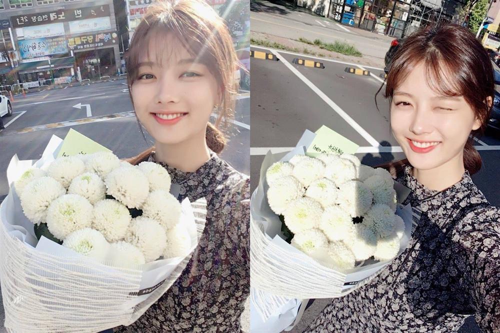 Kim Yoo Jung đăng ảnh rạng rỡ, chăm chỉ làm việc để hồi phục sức khoẻ-1