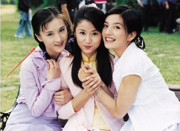 Cô em gái đáng ghét của Triệu Vy và Lâm Tâm Như trong Tân dòng sông ly biệt bây giờ ra sao?-2