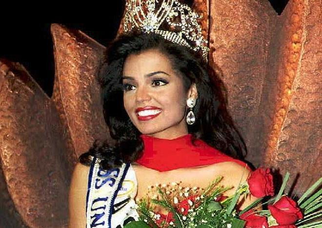 Cựu Hoa hậu Hoàn vũ qua đời ở tuổi 45 vì ung thư-1