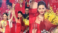 Học trò Hương Giang - Bùi Quỳnh Hoa xuất sắc đoạt ngôi quán quân Siêu mẫu Việt Nam 2018