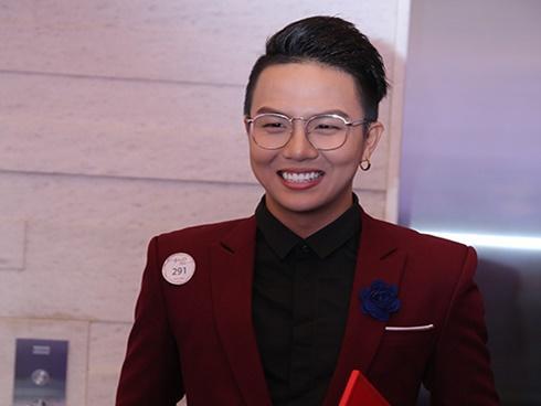 Duy Khánh: Tôi kiếm tiền đủ mua nhà, tậu xe và xài hàng hiệu nên đừng nói tôi chơi với Miu Lê để lợi dụng cô ấy-8