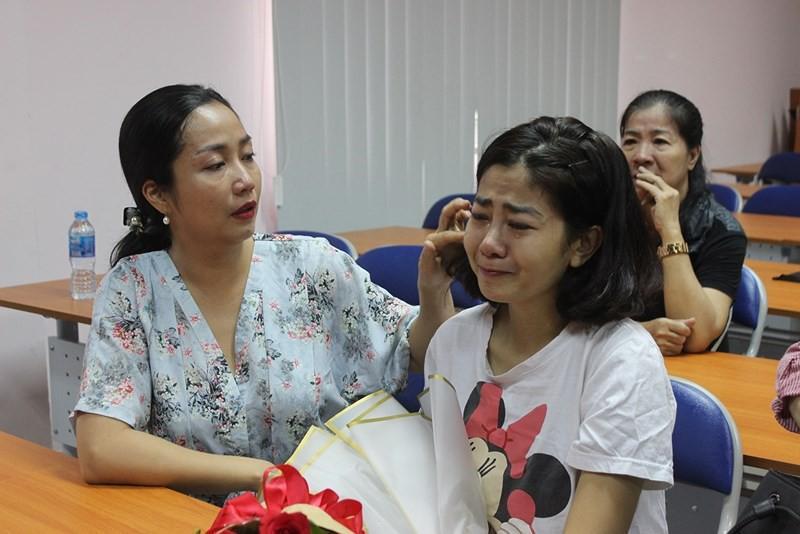 Mai Phương khóc nấc ngày ra viện: Kỳ tích xuất hiện khi ung thư phổi giai đoạn muộn đã được kiểm soát-2