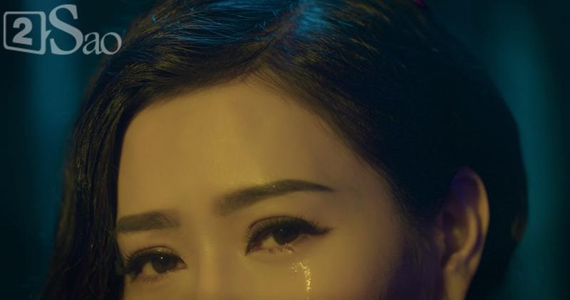 Vpop tháng 9: Thu Minh giàn giụa nước mắt, Phi Nhung hát về nạn bỏ con, Miu Lê làm MV như phim kinh dị-2