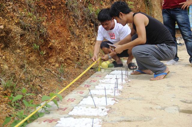 Quảng Trị:  Ba chàng trai trẻ tình nguyện lập nghĩa trang chôn cất các hài nhi xấu số-5