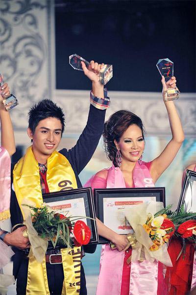 12 mỹ nhân đứng đầu Siêu mẫu Việt Nam: Người sự nghiệp ngày càng tỏa sáng, kẻ ở ẩn mờ nhạt sắc hương-11