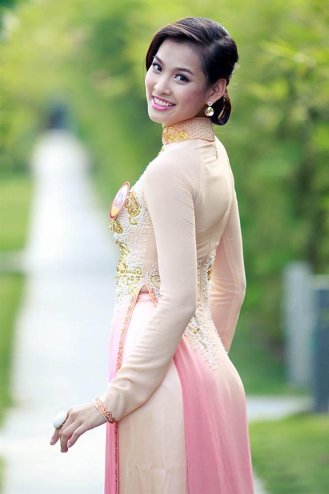 12 mỹ nhân đứng đầu Siêu mẫu Việt Nam: Người sự nghiệp ngày càng tỏa sáng, kẻ ở ẩn mờ nhạt sắc hương-16