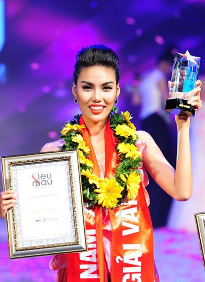 12 mỹ nhân đứng đầu Siêu mẫu Việt Nam: Người sự nghiệp ngày càng tỏa sáng, kẻ ở ẩn mờ nhạt sắc hương-19
