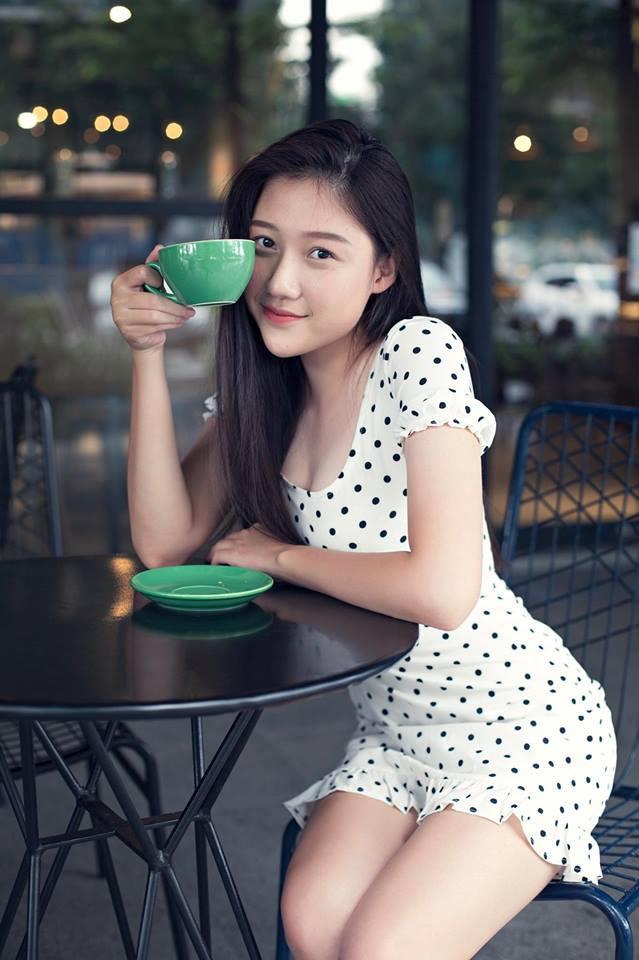Chân dung em gái út xinh đẹp của MC Trấn Thành sắp tấn công showbiz-10
