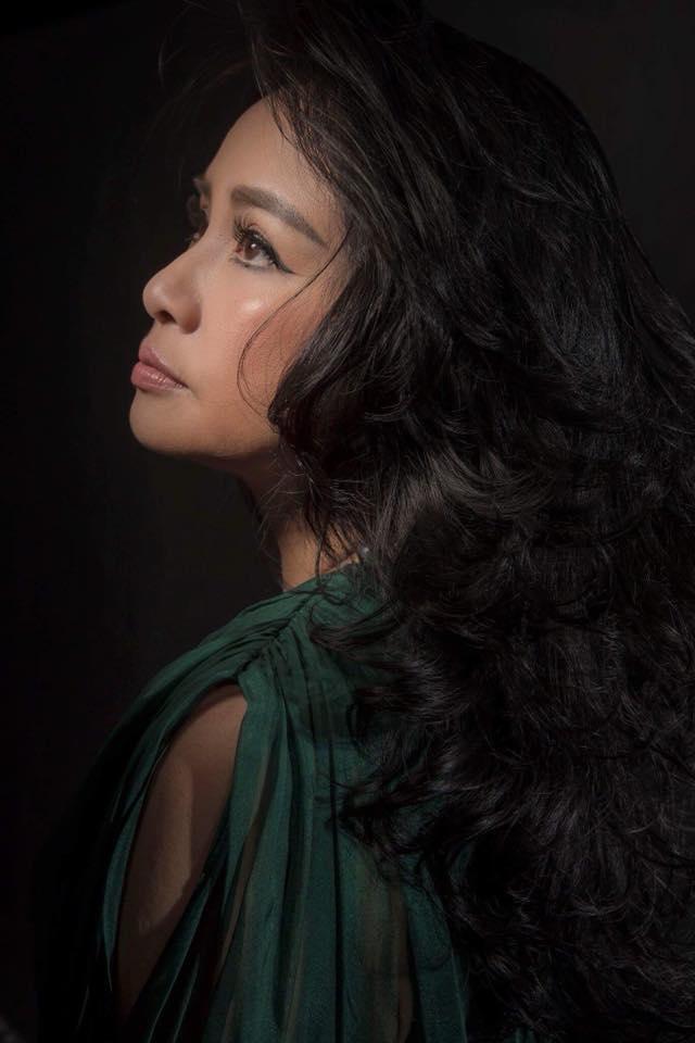 Bộ tứ Diva nhạc Việt: Người giữ được dung mạo mặn mà, kẻ tàn phai nhan sắc theo năm tháng-4