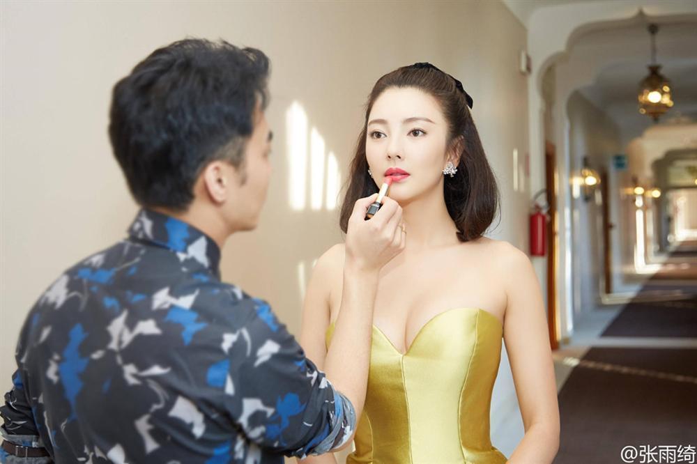 Đạo diễn Vương Toàn An - từ ông hoàng màn bạc đến gã mua dâm tập thể-4
