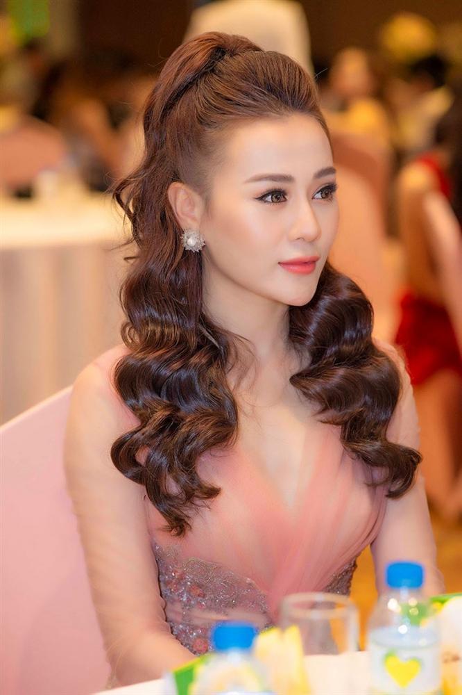 SAO MAKE OVER: Diva Hồng Nhung xuống sắc rõ rệt - Phương Oanh Quỳnh búp bê xinh đẹp không góc chết-7