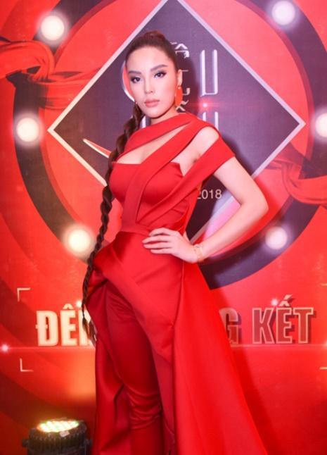 SAO MAKE OVER: Diva Hồng Nhung xuống sắc rõ rệt - Phương Oanh Quỳnh búp bê xinh đẹp không góc chết-2