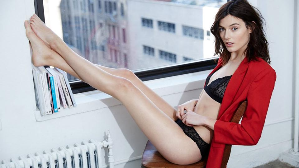 10 chân dài xinh đẹp lần đầu tấn công sàn diễn Victorias Secret Show-4