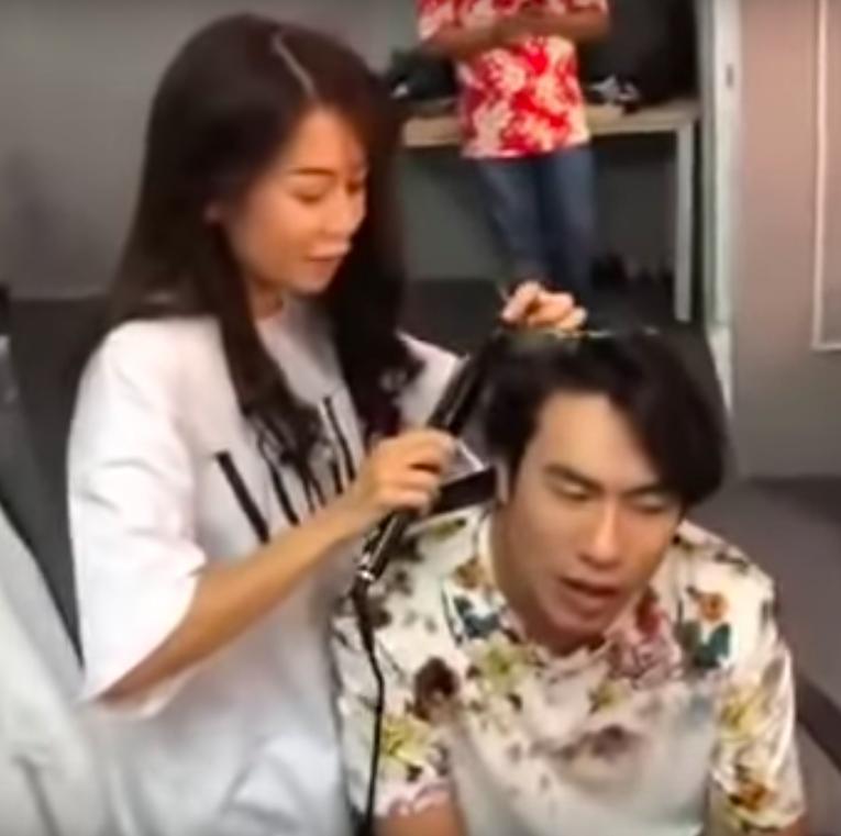 Lộ clip An Nguy tươi cười làm tóc cho Kiều Minh Tuấn-2