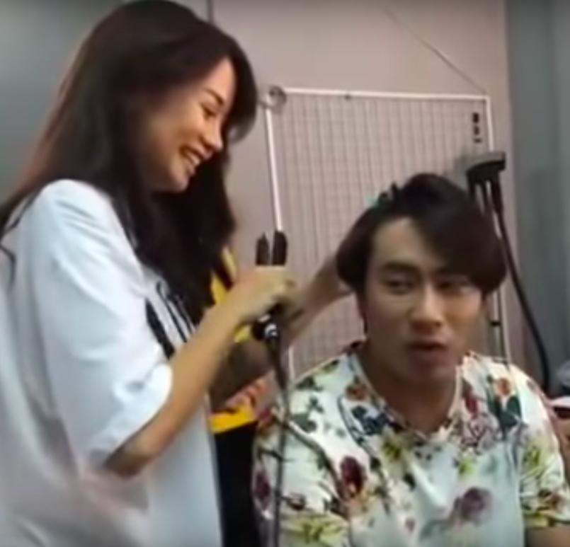 Lộ clip An Nguy tươi cười làm tóc cho Kiều Minh Tuấn-3
