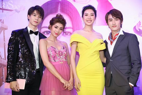 Á hậu Thúy Vân đi siêu xe 7 tỷ mới tậu ra mắt phim lần đầu đóng vai chính-8