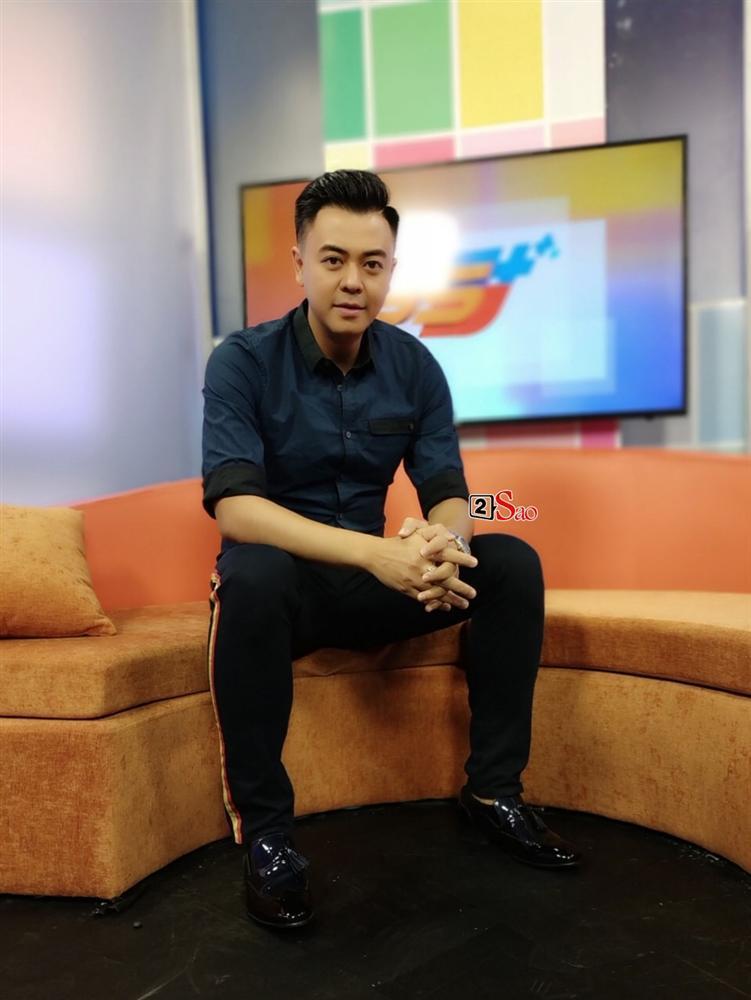 MC Tuấn Tú quay lại showbiz sau 5 năm vắng bóng  với vai trò MC chung kết Hoa hậu Việt Nam-2