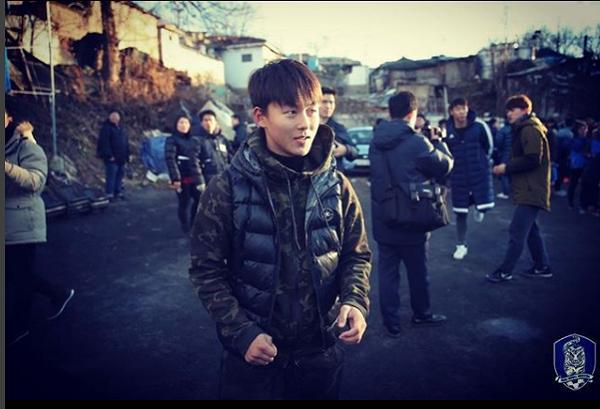 Không phải Son Heung-min, đây mới là ngôi sao bóng đá đang được vạn người mê ở Hàn Quốc-6