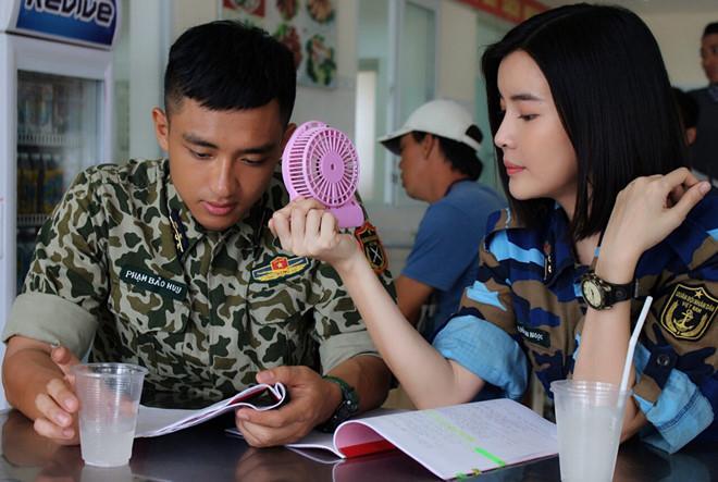 Cao Thái Hà kể chuyện kiệt sức, bị sốt khi quay Hậu duệ mặt trời-2