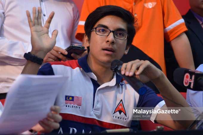 Ngắm Bộ trưởng Malaysia đẹp trai được triệu người mê-2