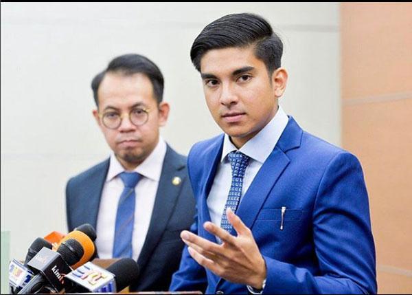 Ngắm Bộ trưởng Malaysia đẹp trai được triệu người mê-7