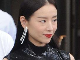 'Phú sát hoàng hậu' Đổng Khiết lộ hình ảnh kém sắc, da nhăn nheo