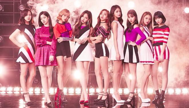 Nhóm nhạc đình đám Twice lại bị chỉ trích vì sự cố lộ hát nhép-2
