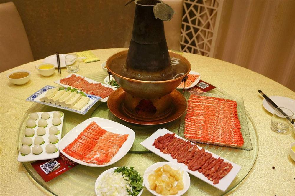 Lẩu nước lã - món ăn nhạt nhẽo nhưng hút khách ở Bắc Kinh-7