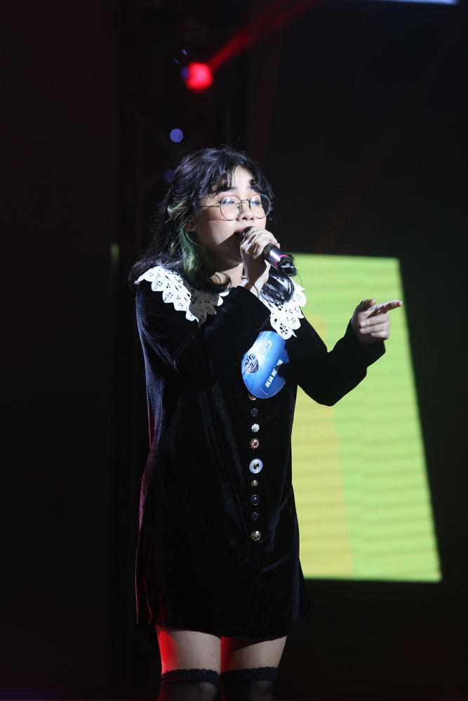 Bản sao Lệ Quyên bị đánh bại bởi thí sinh 16 tuổi của The Voice Kids-10