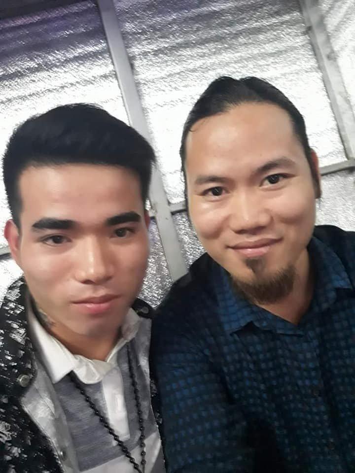 Chỉ một phút pose hình chiều khán giả, nhiều sao Việt đành ôm hận nhiều năm-2
