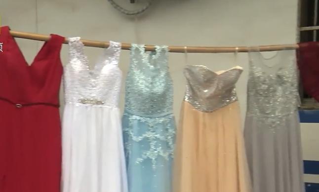 Người đàn ông lấy trộm 81 chiếc váy cưới suốt 3 năm để có cảm giác như được tái hôn-1