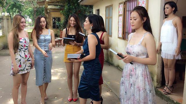 Phim Việt quá lố khi lợi dụng phần ngoại truyện để quảng cáo?-1