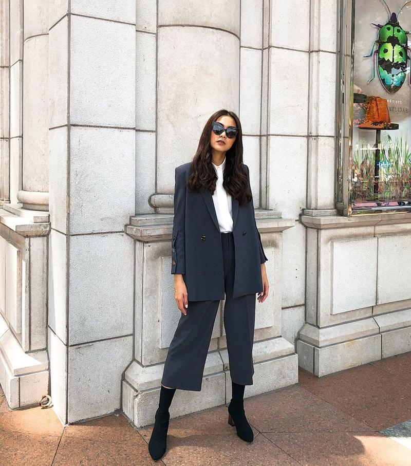 Tăng Thanh Hà lên đồ công sở sành điệu - Sơn Tùng dát hàng hiệu chất ngất dẫn đầu top sao mặc street style đẹp - ảnh 2