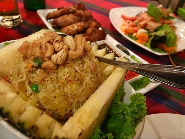Đừng choáng nếu bắt gặp nhà hàng bao cao su này khi đi du lịch Thái Lan-11