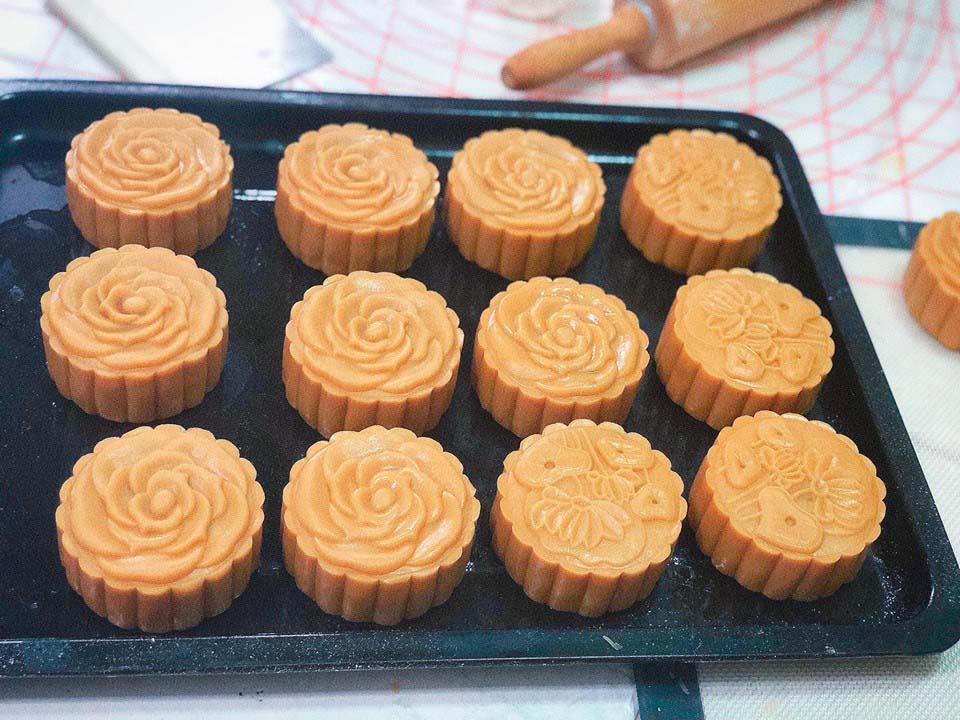 Cách làm bánh trung thu nhân thập cẩm truyền thống-4